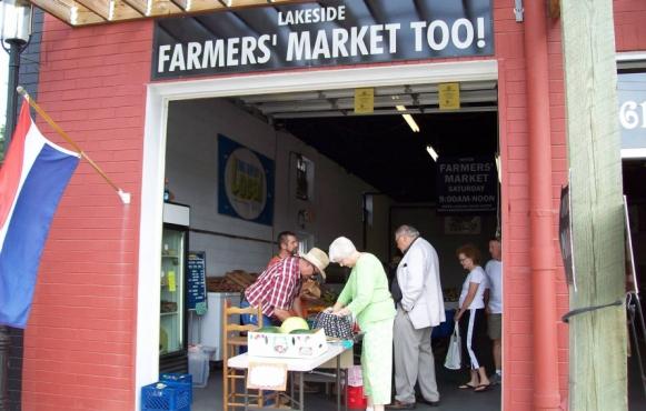 Lakeside Farmers Market