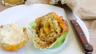 savory cheddar-zucchini muffins